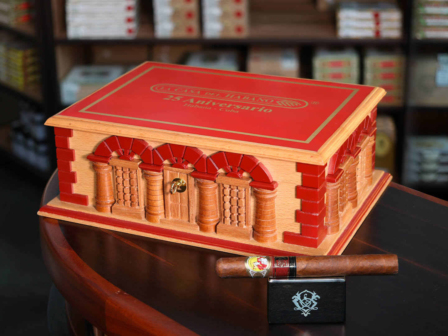 la-gloria-cubana-25-aniversario-lcdh-humidor-the-house-of-grauer-jpg